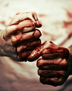 Blood had a huge presence, often negative presence, in the book. Blood was present when Hassan was raped by Asef. Blood was also present when Sohrab tried to kill himself with a razor. Dream Cast, Horror, Jolie Photo, Dragon Age, Werewolf, We Heart It, It Hurts, Harry Potter, Wattpad