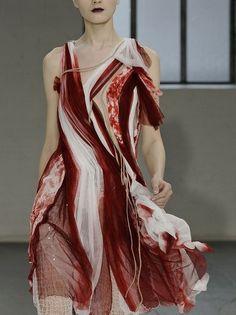 everything asoiaf — House Bolton Rodarte, Fall 2008 Couture Fashion, Fashion Art, High Fashion, Fashion Beauty, Fashion Show, Womens Fashion, Fashion Design, Jeanne Lanvin, Textiles