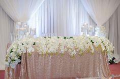 Restaurant Wedding, Seafood Restaurant, Table Decorations, Wedding Dresses, Home Decor, Fashion, Bride Dresses, Moda, Bridal Gowns