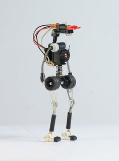 Gallery: Adorable mini robots built from recycled electronic guts   DVICE