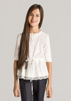 3/4 sleeves blouse with lace-edged peplum, here is your gorgeous little #lady