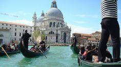 Fotografía: Rocío Vallejo Madrid, Spain, Boat, Vacation, Venetian, Palaces, Boats, Dinghy, Vacations
