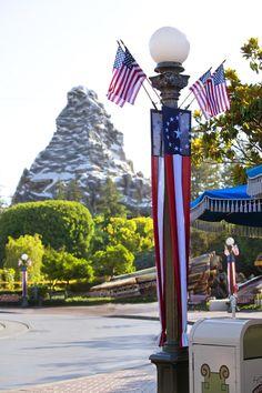 Disneyland // Matterhorn // Disneyland during 4th of July