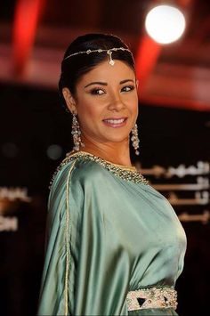 Leila Haddioui ambassadrice du caftan marocain au FIFM - Maroc Désert Expérience tours http://www.marocdesertexperience.com