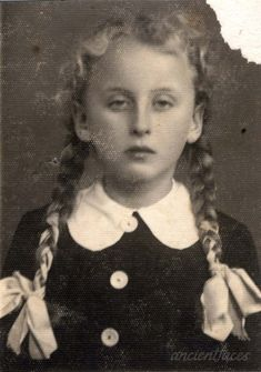 Agi Katz and other photos of Agi Ester Katz and the Katz family. Put faces to the names of your loved ones at AncientFaces. Holocaust Memorial, First Color Photograph, Best Portrait Photographers, Book Burning, Innocent Child, Losing A Child, Anne Frank, Historical Photos, Historia