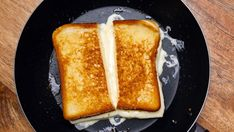 Pečený toast so syrom (grilled cheese)   Recepty.sk Ciabatta, French Toast, Grilling, Brunch, Bread, Cheese, Breakfast, Om, Croque Monsieur