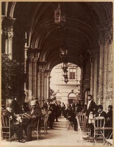 Klösz György: The Reitter coffee-house in the Dreschler Palace, Budapest,  Hungary, 1900