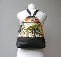 CLASSIC SIZE Convertible Backpack with von roughandtumblebags