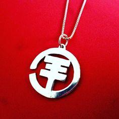 Tokio Hotel dije de plata  #tokiohotel #rock #pendant #handmadejewelry #jewelry #joyeria #instajewels #diseñovenezolano #handmade #bandrock #dije #buy #talentovenezolano #hechoamano