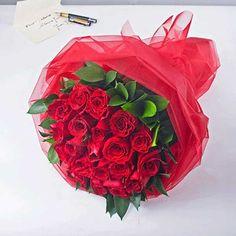 Артикул: 035-109 Состав букета: 21 роза красного цвета, декоративная зелень, оформление Размер: Высота букета 60 см Роза: Выращенная в Украине http://rose.org.ua/bukety-iz-roz/1037--malenkoe-chudo.html #букеты #букетроз #доставкацветов #RoseLife #flowers #SendFlowers #купитьрозы #заказатьрозы   #розыпоштучно #доставкацветовкиев #доставкацветовукраина #срочнаядоставка #заказатьрозыкиев