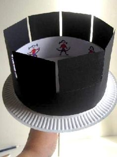 homemade zoetrope--seems easy enough!
