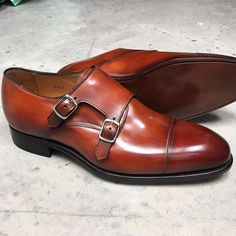 Carlos Santos double monk in Braga patina on their 234 last @carlossantosshoes #carlossantos #goodyearwelted #doublemonk #afinepairofshoes #afpos #menshoes #mensfashion