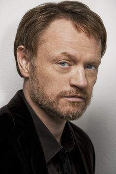 Jared Harris (aka Moriarty) as Hodge in the City of Bones movie?!?  Awesome! He's absolutely perfect in my mind.