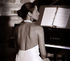 Silvia Belfiore. Musician.