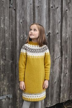282-6 - Vardetunika med korte eller lange ermer | Rauma Garn Afghan Patterns, Knit Patterns, Knitting Projects, Kids And Parenting, Baby Knitting, Turtle Neck, Clothes, Dresses, Fashion