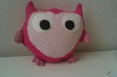 DIY stuffed animal pink owl; this owl needs a beak will have to come up with my own