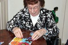 MindStart puzzles help patients with Alzheimer's dementia, as they are adapted with a simpler image and large pieces. Also work well for those with limited vision.