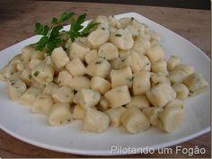 Esse nhoque sem batatas é simplesmente maravilhoso e muito fácil de fazer!