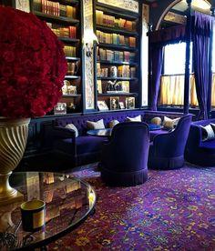 Plush and elegant! Send me a Purple Rain cocktail.. heard of it? Repost From: @ilja60 Project By: @loscarlondon 📸: @rmariusb #thevibrantinterior #andreaschumacherinteriordesigner #denverinteriordesigner #santabarbarainteriordesigner #palmbeachinteriordesigner Interior Styling, Interior Design, London Places, Purple Rain, News Blog, Beautiful Pictures, Elegant, Amazing, Inspiration