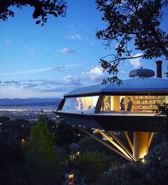 The epochal Marlin House - or Chemosphere – located in Los Angeles and designed by John Lautner in Amazing Architecture, Architecture Details, Modern Architecture, John Lautner, Geodesic Dome Homes, National Geographic Travel, Dome House, Unusual Homes, Los Angeles Homes