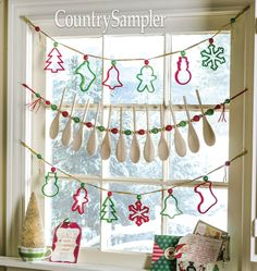 If winter weather has you stuck inside, check out the library's Hobbies and Crafts eResource available from the comfort of your home! Here are some simple holiday crafts to get you started. Ugly Christmas Tree, Cabin Christmas, Christmas Kitchen, Vintage Christmas Ornaments, Primitive Christmas, Country Christmas, Diy Christmas Gifts, Holiday Crafts, Christmas Decorations