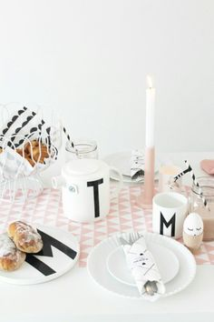 My easter table now on the blog www.missjettle.nl