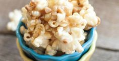 Gooey Butter Toffee Popcorn {with Heath Toffee Bits}   Sweet Treats and More #popcorn #recipe #holidays