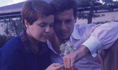 Foto de Elis Regina Elis nos bastidores do show Falso Brilhante, nos anos 70