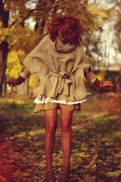 Perfect for fall. I really need this outfit! But with a longer skirt!