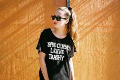"T-Shirt 'Come Classa Leave Trashy"" byLazy Oaf."