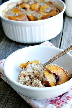 Peach Bakedoatmeal - heathersfrenchpress.com #oats #breakfast
