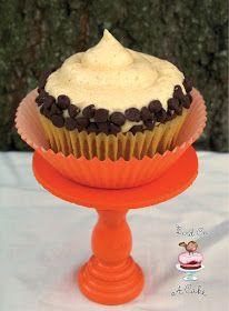 Bird On A Cake: Pumpkin Chocolate Chip Cupcakes