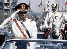 Chile conmemorará hoy el 40mo. aniversario del momento más dramático de su historia reciente: el golpe de Estado y el ataque a La Moneda que el 11 de septiembre de 1973 definieron la muerte de su primer presidente socialista e instauraron 17 años de una atroz dictadura que marcó de manera definitiva al país.