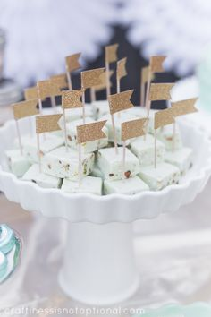 Love this Deer themed party and this pistachio fudge presentation with the little flags!