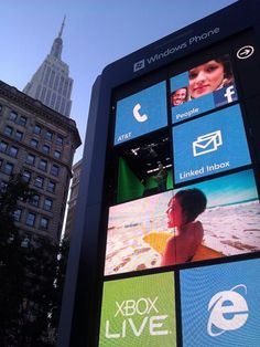 The Giant Windows Phone in NYC