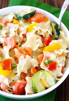 Suddenly Salad Primavera Recipe ~ a delicious pasta dish overflowing with fresh steamed vegetables