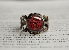 Hellsing seal antique style ring Alucard Pentagram #animejewelry #hellsingjewelry #treatsforgeeks