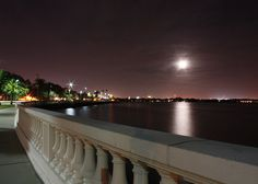 At 4.5 miles, Tampa's Bayshore Boulevard holds the coveted title of World's Longest Continuous Sidewalk. At 8 AM and 6 PM, Bayshore overflows with runners, bikers and power walkers, but come at the off-peak times and you'll find a peaceful path bordered by the bay and some of the finest homes in Tampa.