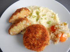 Super recept na Květákové karbanátky sbramborovou kaší - Videorecepty Food Humor, Funny Food, Tofu, Baked Potato, Mashed Potatoes, Eggs, Baking, Vegetables, Breakfast