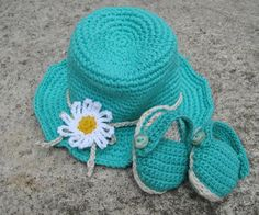 Crochet pattern baby sandals and hat, Summer baby set pattern, 2 crochet baby patterns  Crocheted baby summer set - sandals and hat, a perfect gift