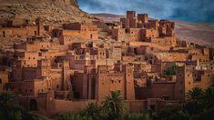 Aït Ben Haddou es una de las #Kasbahs mejor conservadas de todo #Marruecos, es todo un ejemplo sobresaliente de construcción de arcilla y piedra #viajeamarruecos