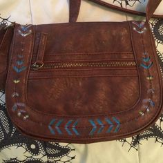 Brown Aztec Crossbody Bag Only used a few times. Payed at least $25 for it. Very roomy and pattern on front adds a pop of color. 7x9.5x3 Mossimo Supply Co Bags Crossbody Bags