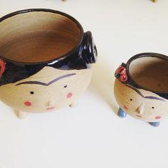 Agora tem Fridinha e Fridona, vasos disponíveis na loja elo7.com.br/danielanobrega