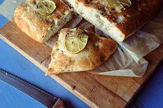 Rustikální citronový chléb s tymiánem   Ze zahrady do kuchyně