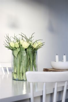 20 Trendy flowers white and green centerpieces