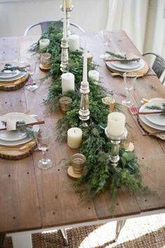 A beautiful farmhouse Christmas tablescape with rustic elements, mixed metals, and natural greenery. Perfect for a hosting a holiday dinner! and Christmas Tablescapes Holiday Tablescapes Decorating for Christmas Dining Room Holi Noel Christmas, Winter Christmas, All Things Christmas, Christmas Crafts, Elegant Christmas, Beautiful Christmas, Decorating For Christmas, Outdoor Christmas, Simple Christmas