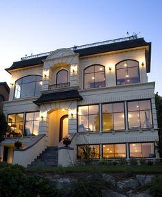 Elegant Spanish House Exterior