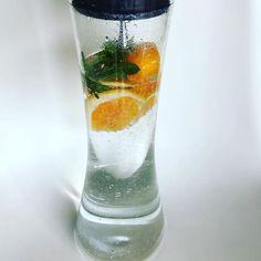 Auf der Suche nach dem perfekten alkoholfreien Sommerdrink - 🍊 Minze aus dem Garten, Mineralwasser und ein Hauch Sprite - Prost