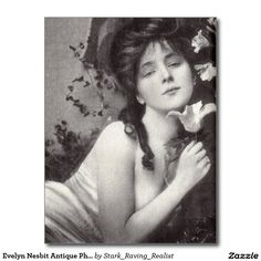 Evelyn Nesbit, America's First Sex Icon If you would like to know more about Evelyn's life, see my last few posts for her biography! So, the story of Evelyn Nesbit is really interesting to me, not. Evelyn Nesbit, Antique Photos, Vintage Pictures, Vintage Photographs, Old Photos, Vintage Images, Timeless Beauty, Classic Beauty, Belle Epoque