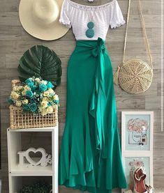 Cute Casual Outfits, Modest Outfits, Skirt Outfits, Modest Fashion, Stylish Outfits, Fashion Dresses, Mode Batik, Look Fashion, Womens Fashion